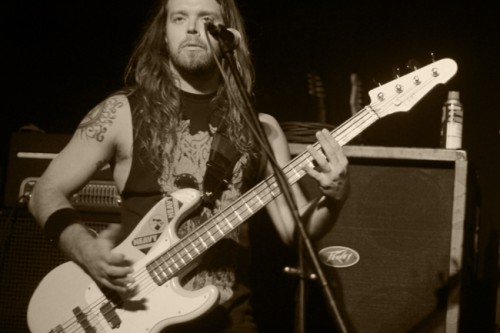 Mike_leon_of_havok_performing_in_orlando