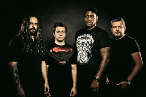Sepultura-band-2015