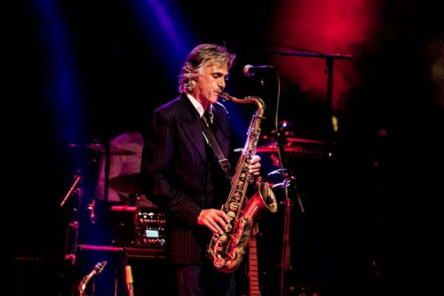 Chris White (THE DIRE STRAITS EXPERIENCE)