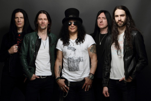 Slash ft. Myles Kennedy & The Conspirators Credit@ Gene Kirkland_1