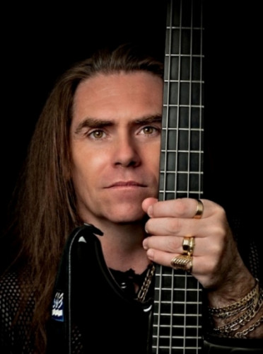 Magnus Rosén - bass