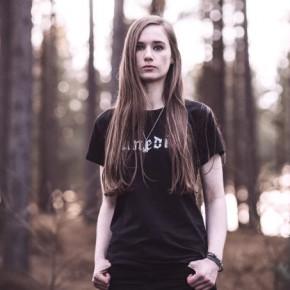 Chloe Bray