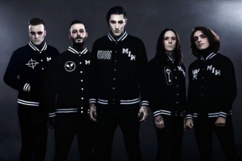 motionlessinwhiteband2019_638