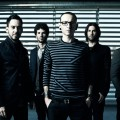 Linkin_Park_New_Press_Picture_1215_color_2012-small